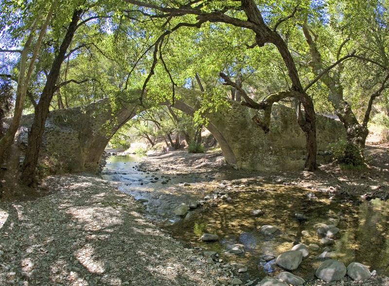 Tzelefou bridge