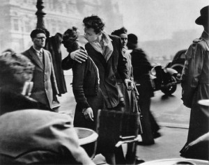 Kiss by the Hôtel de Ville (1950) by Robert Doisneau