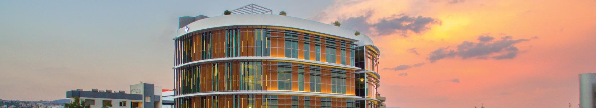利马索市中心 (Noble Centre)